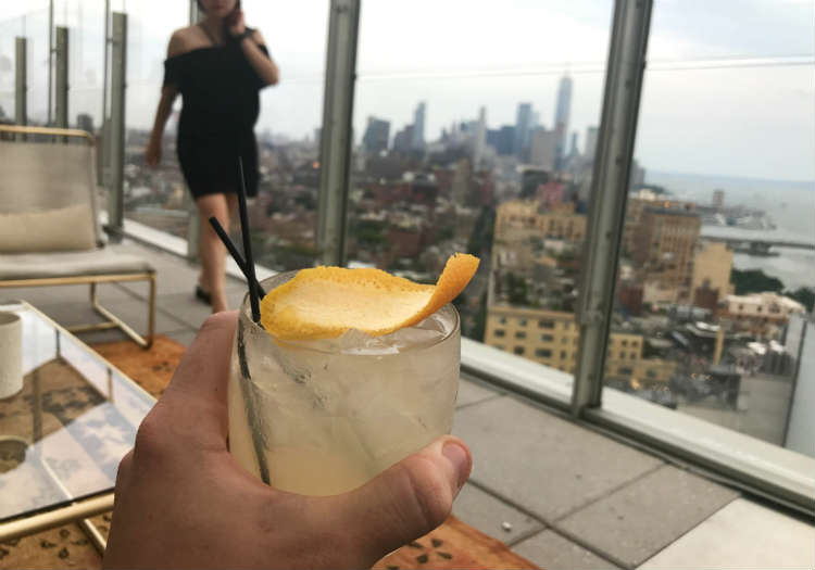 Penelope Cruz Cocktail At Rooftop Bar In New York City