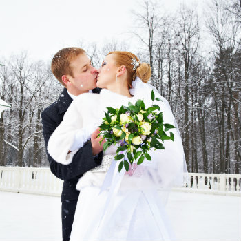Newlyweds-Kissing-Outside-Church