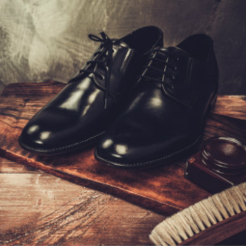 Black-Shoes-With-Care-Accessories