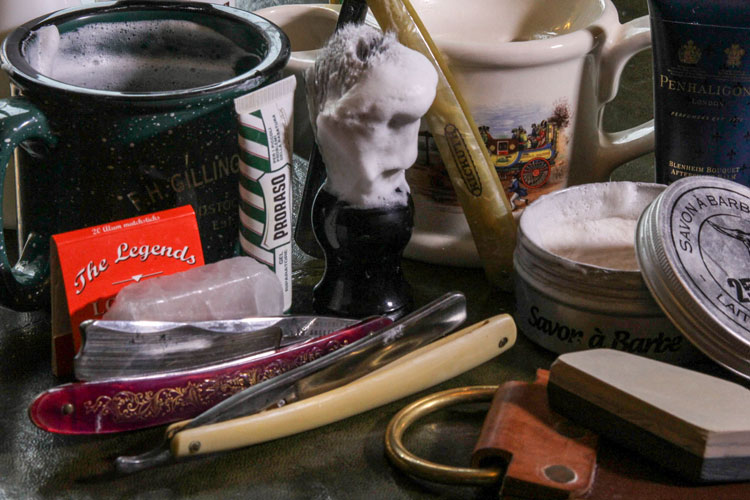 Straight Razor Shaving Kit With Strops