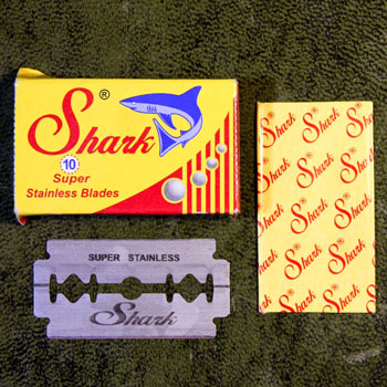 shark super stainless steel razor with envelope & puck