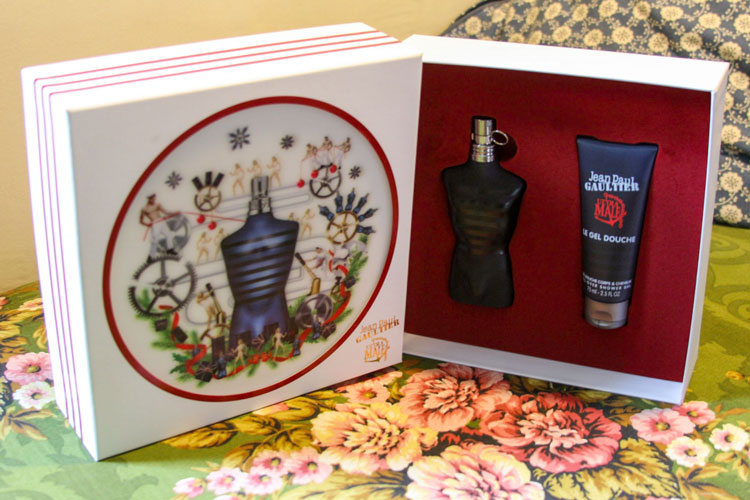 Jean Paul Gaultier Ultra Male Eau de Toilette Intense Review: A Fruit-Forward & Gourmand Powerhouse