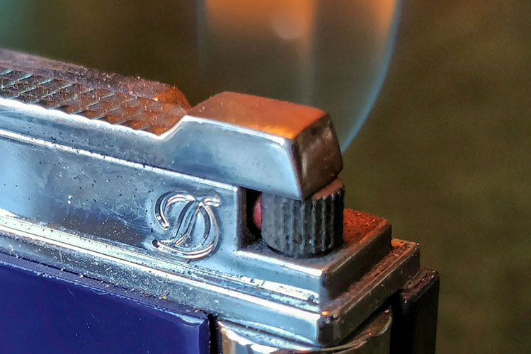 Dupont Lighter Flame Close Up Feature & What Should You Light A Cigar With? Best Cigar Lighting Guides