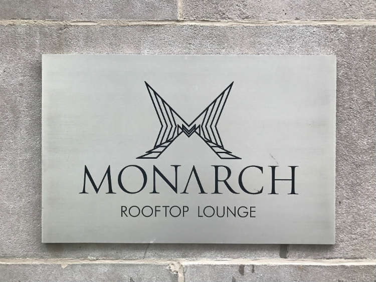 Monarch Rooftop NYC – Best Rooftop Bar & Lounge Review