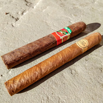 Box Pressed & Normal Parejo Cigars Side by Side