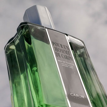 Pour Un Homme de Caron Cologne Sky Background