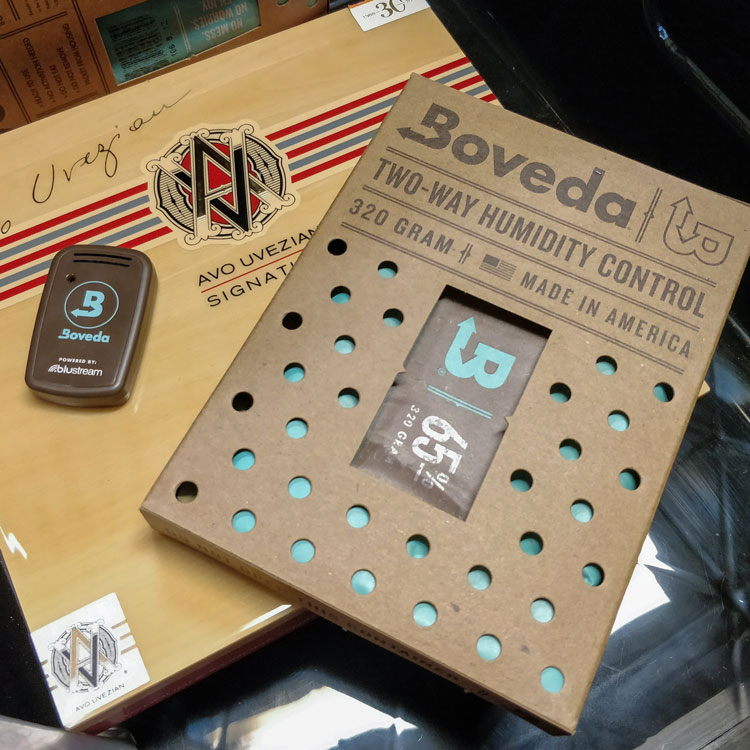 320g Boveda Pack & Butler In Coolidor