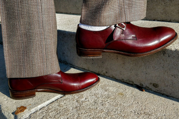 What Color Trousers To Wear With Burgundy Shoes Visual Guide