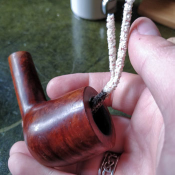 Cleaning The Pipe Bowl With Claner