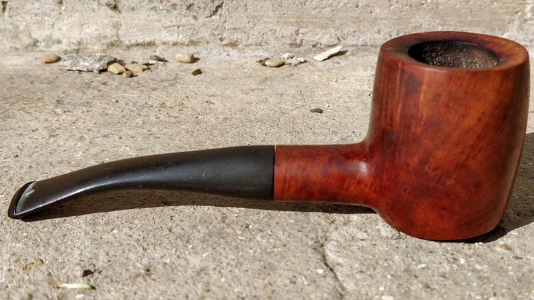 Sitter Pipe Shape Example