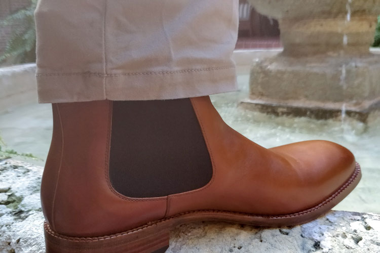 059adcd2c06 How To Pair Tan Trousers With Different Shoe Colors | Bespoke Unit