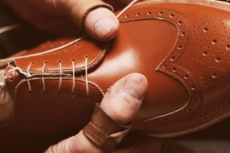 László Vass Making Luxury Shoes