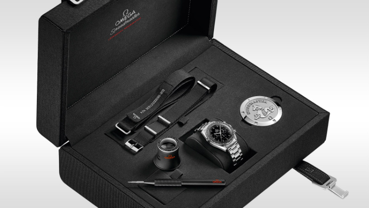 Omega Speedmaster Moonwatch Box Set Accessories