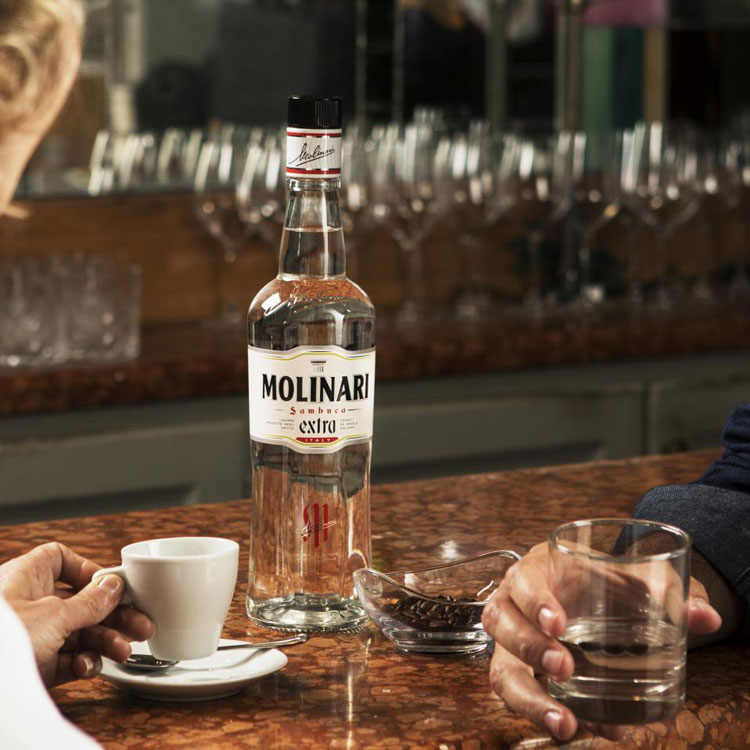 Molinari Sambuca Extra With An Espresso & Coffee Beans