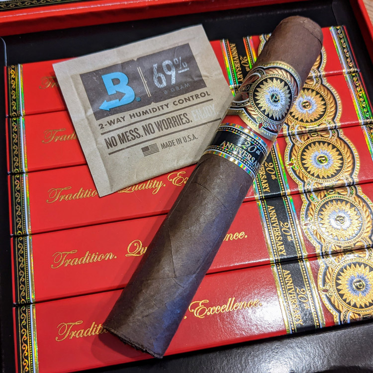 Perdomo 20th Anniversary Sun Grown Cigar Look & Feel
